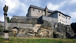 hrad.Kost_.jpg